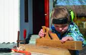 Carpintería con los niños cómo para: zorro y las ovejas jugando Junta