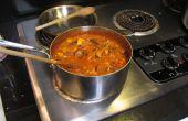 Curry rojo con pollo y verduras