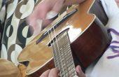 ¿Necesita un ukelele barítono?  Restringido una guitarra!