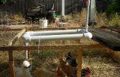 Dispensador de agua para los pollos
