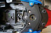 Cómo quitar la luz de la cola de 2013 Triumph Street Triple e instalar VIZIO-Tec II SB u otros accesorios