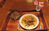 Pechuga rellena de queso azul de pollo a fuego lento en vino blanco con cebolleta y champiñones