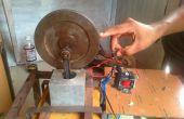 Simple motor electromagnético usando pistones y volante