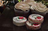 Picantes los Cupcakes de Chocolate con Frosting de caramelo De la Rosa