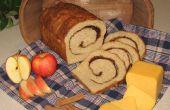 Pan de queso Cheddar de manzana canela-remolina