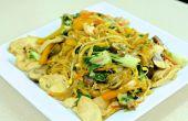 Chow Mein con pollo Velveted