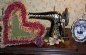 Cómo hacer una almohada de corazón Raggedy Vintage