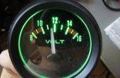 """Medidor de voltaje del coche, la versión analógica (con el contraluz del """"smart"""")"""