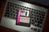 Geeky tarjeta de felicitación utilizando viejos disquetes