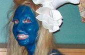 How to be Smurfette