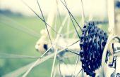 Preparándose para un paseo en bicicleta caridad