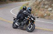 Ser seguro como un pasajero en una motocicleta.