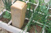 Compost con la derecha de las lombrices de tierra en su jardín del gusano Cafe -