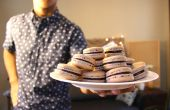 Macarons de chocolate | Josh Pan