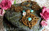 "Torta romántica inspirada en Skyrim ""Amuleto de Mara""."