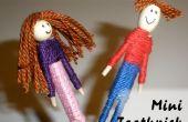 Chico y chica Mini palillo muñecas