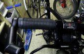 Puños de la bicicleta desde la vieja cinta de manillar