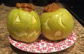 Manzana de relleno de calabaza pastel de Jack O Lanterns