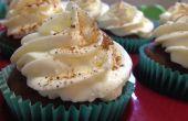 Calabaza especia Latte Cupcakes con batida crema Frosting