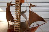 El palo de madera velero
