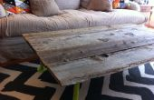 Cómo construir una mesa de centro de madera reclamado