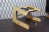 Soporte del ordenador portátil de madera reciclada de diseño personalizado.