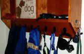 Estante de la capa del perro signo