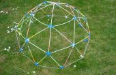 Brillante cúpula geodésica con Strawbees