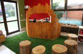Teatro de la marioneta hecha de palets reciclados