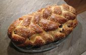 Trenzado de pan de pasas de uva orgánico