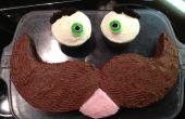 Cómo hacer un pastel de cara bigote