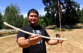 Hacer una supervivencia Atlatl y Dart con solo encontrar materiales y herramientas de piedra