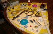 Anemómetro de motor CDROM y mitades de huevo de Pascua de plástico