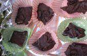 Cuadrados de chocolate con arándanos y nueces! Un regalo de la comida sabrosa!