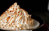 Pastel de crema de hielo de Alaska al horno (3,14 capas con helado de frambuesa!)