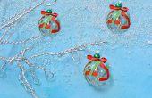 Cómo hacer fácil árbol de navidad ornamento con cintas y bolas de Murano de cristal