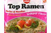 Hacer una comida real asiática de un paquete de fideos Ramen...