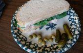 Pavo ahumado, queso Brie y espinacas en masa madre.