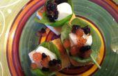 """Mordedura de tamaño Caprese con tomate y balsámico """"Caviar"""""""