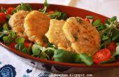 Pollo picante y buñuelos de maíz