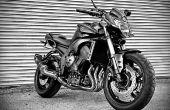 Cambio de aceite de la motocicleta.