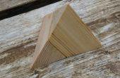 Dos piezas de Puzzle de la pirámide de madera