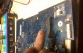 Prueba un Capasitor de SMD en la placa base del ordenador portátil