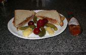 La No vergüenza Sandwich, o el huevo frito de Triple, Chutney y Sandwich salsa de Chile