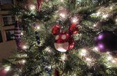 Cómo hacer un ornamento de Navidad de Deadmau5 barato