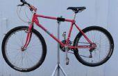 Soporte de reparación de bicicleta casero