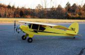 8 pies envergadura Coroplast RC Piper Cub volado por 25cc podadora de malezas