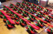 Juguete avión Navidad adornos utilizando una línea de montaje de