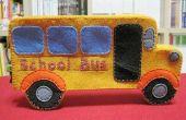 Caja de la pluma hecha a mano en forma de bus