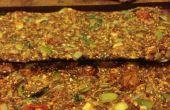 Galletas de lino crudo, tomate albahaca